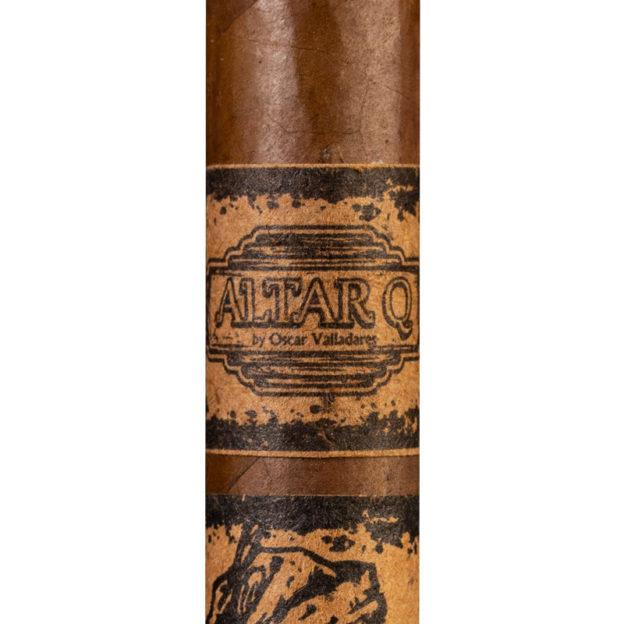 Oscar Valladares Altar Q cigar