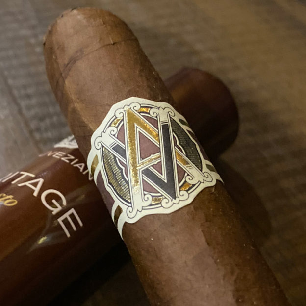 AVO Heritage cigar
