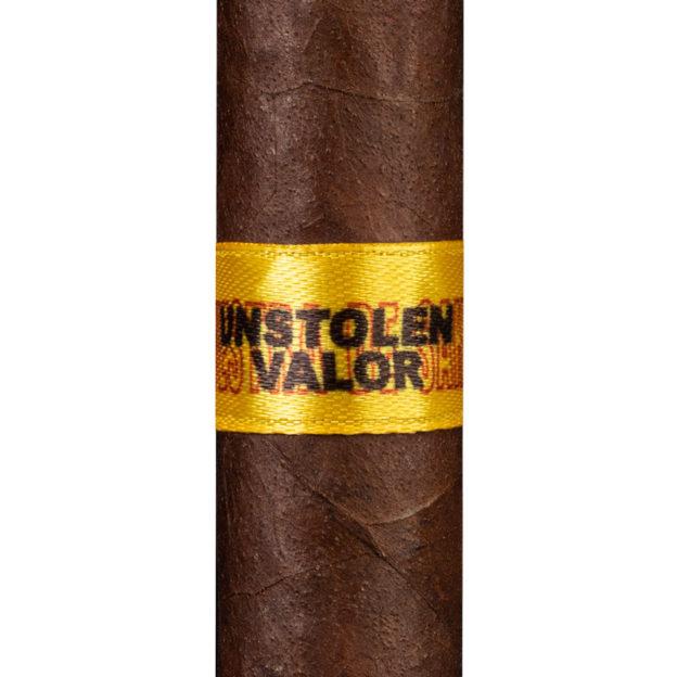 Dunbarton Muestra de Saka Unstolen Valor cigar
