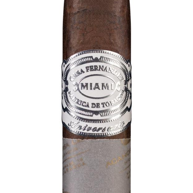 Casa Fernández Miami Aniversario Cuban 109 Maduro cigar